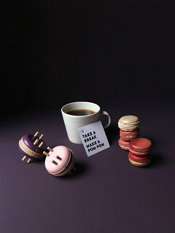 Macaron Pom Maker - Rose