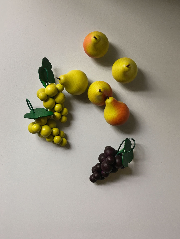 Wooden Fruit - Green Grapes