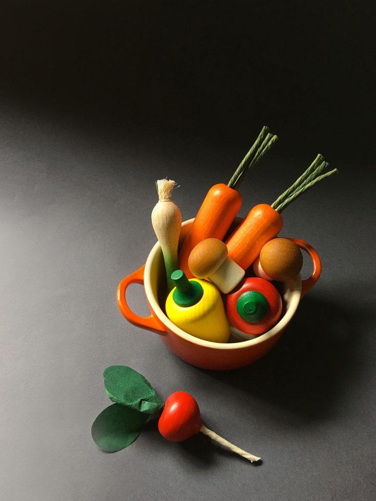 Wooden Vegetable - Red Bell Pepper